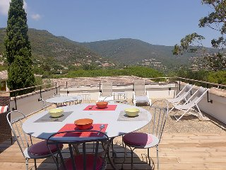 3 bedroom Apartment in Le Lavandou, Cote d Azur, France : ref 2371526