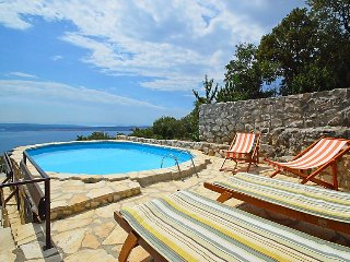 6 bedroom Villa in Dramalj, Primorsko-Goranska Županija, Croatia : ref 5039345