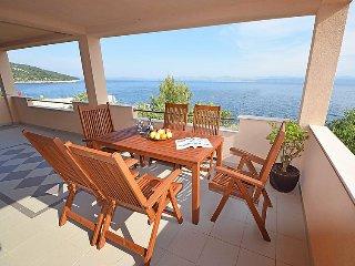 4 bedroom Villa in Rogac, Splitsko-Dalmatinska Zupanija, Croatia : ref 5039432