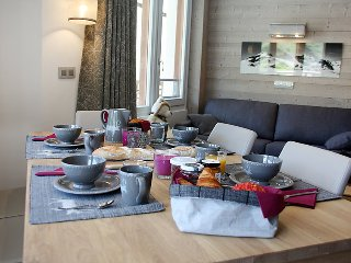 2 bedroom Apartment in Les Boisses, Auvergne-Rhone-Alpes, France : ref 5039532