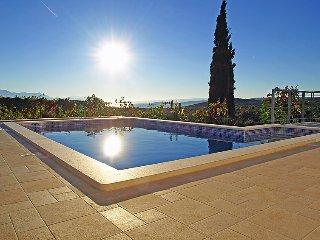 4 bedroom Villa in Plano, Splitsko-Dalmatinska Zupanija, Croatia : ref 5039545