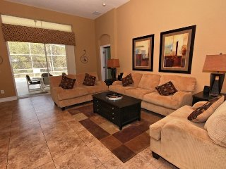 4 Bed 3 Bath Pool Home With Lovely View. 1720NHD., Orlando