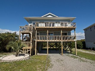 Chapel Chill - SAVE UP TO $200!! Fully Remodeled for 2017!!!, Topsail Beach
