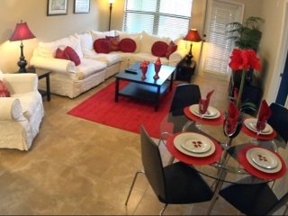 912CP-211. 3 Bed 3 Bath Condo in Bella Piazza In DAVENPORT FL.