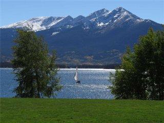 Lake Dillon Condos 209