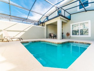 4805BRL, Stunning 4 Bedroom Town Home with Pool in Storey Lake Resort