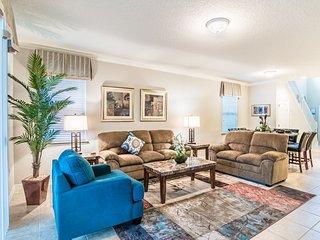 Beautiful 6 bedroom 4.5 Bathroom Pool Home in Windsor at Westside. 2117MW