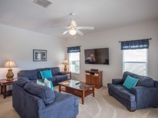 Cute 4 Bedroom 3 Bath Pool Home in Legacy Park Highgate. 117BD, Kissimmee