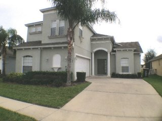 Spacious 4 Bedroom 3.5 Bathroom Pool Home in Tower Lakes. 193MC, Davenport