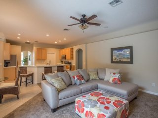 Executive 4 Bedroom 3 Bath Pool Home in Highlands Reserve. 732BD, Davenport