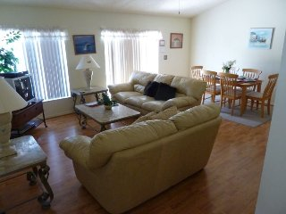 Lovely 3 Bedroom 2 Bath Pool Home in Briargrove. 215GD