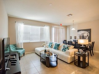5133CHD. 4 Bedroom 3.5 Bath Town Home In KISSIMMEE FL