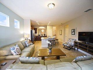 Solterra Resort 5 Bedroom 4.5 Bath Pool Home. 5336OA
