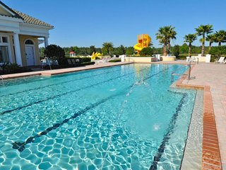 2318VD. 6 Bedroom 6 Bath Gated Golf Community Pool Home