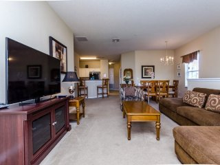 Oakwater Resort 3 Bedroom 2 Bath Town Home. 2487OD, Celebration