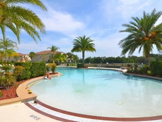 2785OD. 3 Bedroom 2 Bath Lake View Condo In KISSIMMEE FL