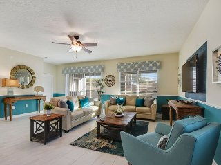 1542MVD. ChampionsGate Golf Resort 4 Bed 3 Bath Pool Home