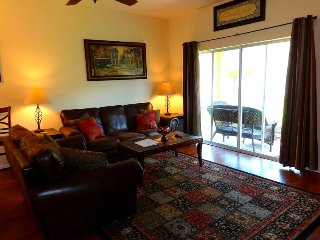 203PS. Orlando Area 4 Bedroom 3 Bath Town House in Regal Palms Resort