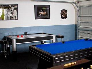 1010SC. 4 Bedroom 3 Bath Pool Villa In The Solana Resort Community