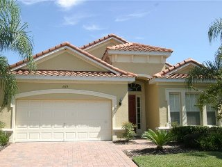 5 Bedroom 3.5 Bath Pool Home in Tuscan Hills Minutes from Disney. 865TH