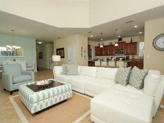 8925SP. Stunning 5 Bedroom 5 Bath Home In Paradise Palms Resort