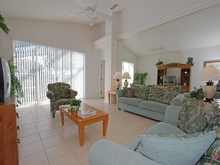 Lovely 4 Bedroom 3 Bathroom Resort Pool Home. 2139MSD