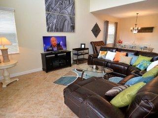 2985BPR. Luxury 5 Bedroom Pool Home in Paradise Palms Resort