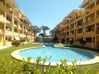Apartamento a 200 m de la playa Raset y centro de Denia