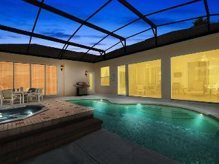 354PD. Luxurious 4 Bedroom 3 Bathroom Pool Home With Games Room