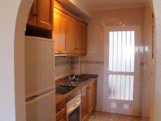La Cinuelica  R15, Southerly facing ground floor apartment in Calle Beduinos