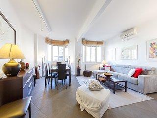 Appartement Paris - beau quartier - 2 chambres capacité 6 équipé - 86m2