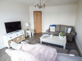 SILVER SHORE APARTMENT luxury flat, town location, WiFi, parking, in Blackpool, Bispham