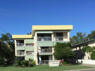 First Floor Waterfront Unit - 4/15 South Esplanade, Bribie Island