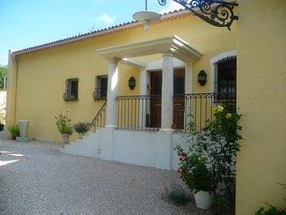 Villa provencale de charme de 200M2 avec piscine privee a Nans les Pins.