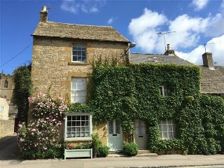 Benfield Cottage, Stow on the Wold.