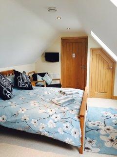 The Hayloft King En-suite Guest Suite