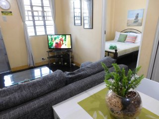 BEST VALUE 3 [Garden 2Beds Kitchen] Angeles Apart