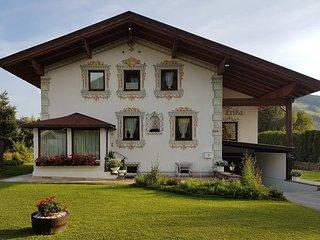 Haus Erika - eigenes Ferienhaus für die ganze Familie in Seefeld