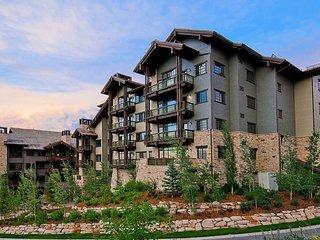 Arrowleaf Penthouse + Concierge Services