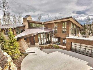 Flat Iron Mansion + Concierge Services