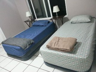 Twin bed in Miami Central - 2a