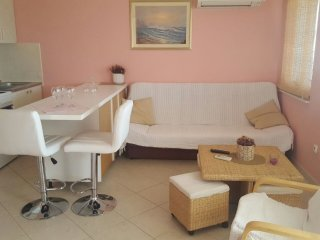Apartments Mila - Two-Bedroom Apartment with Terrace and Sea View, Murter