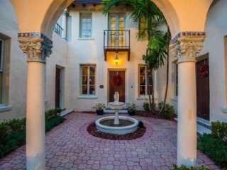 Victorian Villa Abrigo