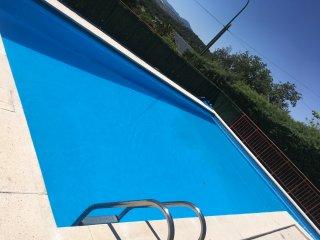 Casa para 12 personas con piscina, jardin y barbacoa