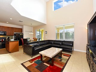 Beautiful Well Priced 6BR 5.5Bth Resort Home with Private Pool, Spa and Gameroom