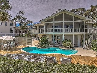 13 Dune Lane - Oceanfront  & Large Screened Porch