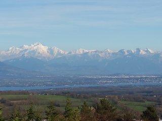 Superbe villa, terrasse&jardin, vue Montblanc et lac, près de GVA, UN, CERN, Ski