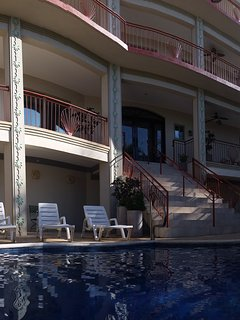 PALACIO FLAMINGO - Ocean-View Estate On The Beach!