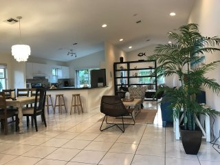 Beautiful House in North Miami Beach (Aventura Area)