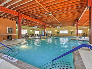 NEW! 2BR Ocean City Condo w/Community Pools & Patio!
